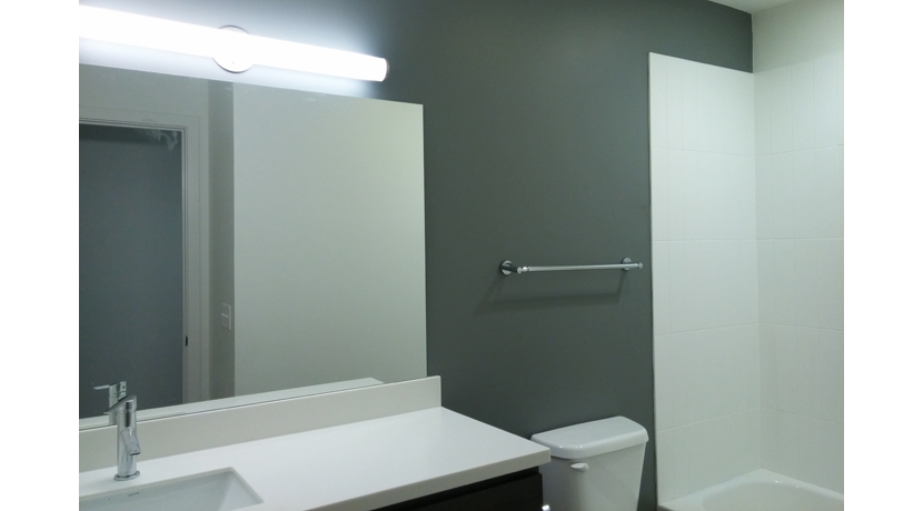 63 Brookside Unit 106 bathroom gallery